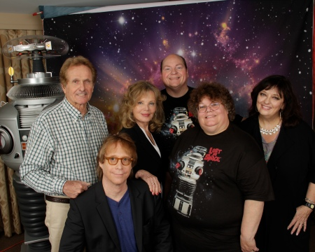 'Lost in Space' Cast with Helen & Johnny